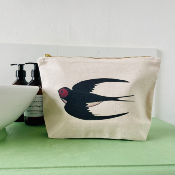 Swooping Swallow Washbag