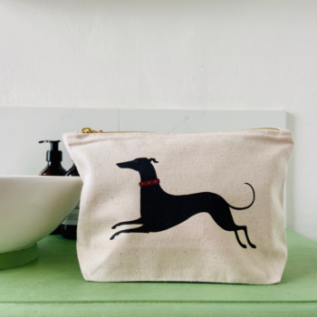 Dashing Dog Washbag