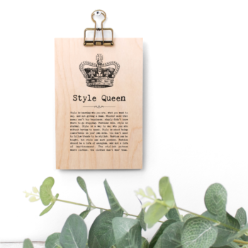 Style Queen Vintage Words Plaque