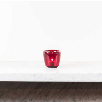 Glass Tealight in Guardsman Red